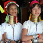 タイに住む首長族、首輪を外すとどうなるの?