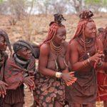 ヒンバ族とは?結婚や女性の髪、お風呂の問題、歴史など解説